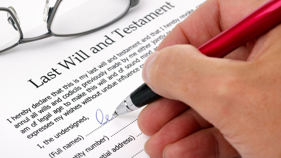 How to Create a Last Will and Testament Under Arizona Law